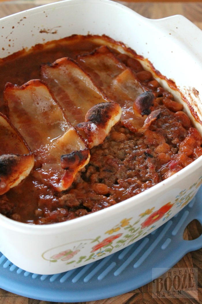 Bacon, Beef & Bean Casserole is a hearty casserole that's great over potatoes or served up on hamburger buns! #12Bloggers