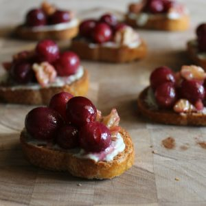 Roasted Grape + Bleu Cheese Bruschetta #BrunchWeek | Bread Booze Bacon