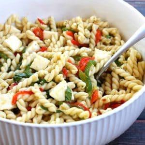 Roasted Pepper Pasta Salad #BrunchWeek | Bread Booze Bacon