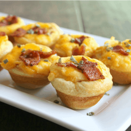 Loaded Mashed Potato Bites are an easy to make appetizer that turns your favorite side dish into a fun party bite! [AD]