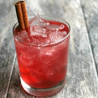 Finding the right drink to serve crowd can be a challenge, but this Perfect Harmony Cocktail makes it easy to serve up a party favorite for any occasion!