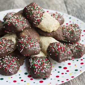 https://breadboozebacon.com/chocolate-nut-bars/