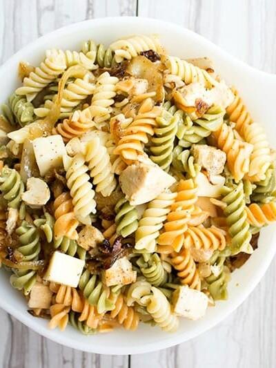Caramelized Onion & Chicken Pasta Salad Recipe