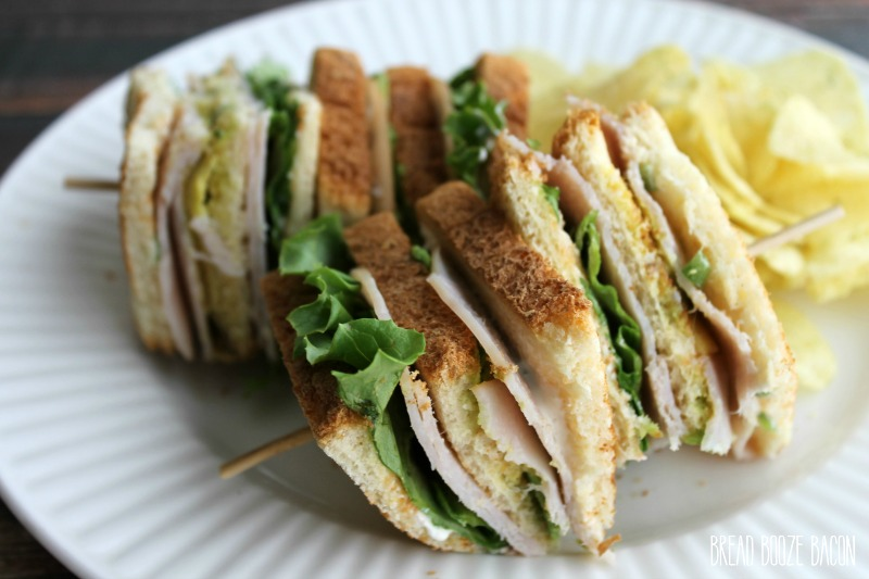 You'll fall in love the fresh flavors in this Green Chili & Avocado Turkey Club! A little spicy, a little creamy, and totally delicious!