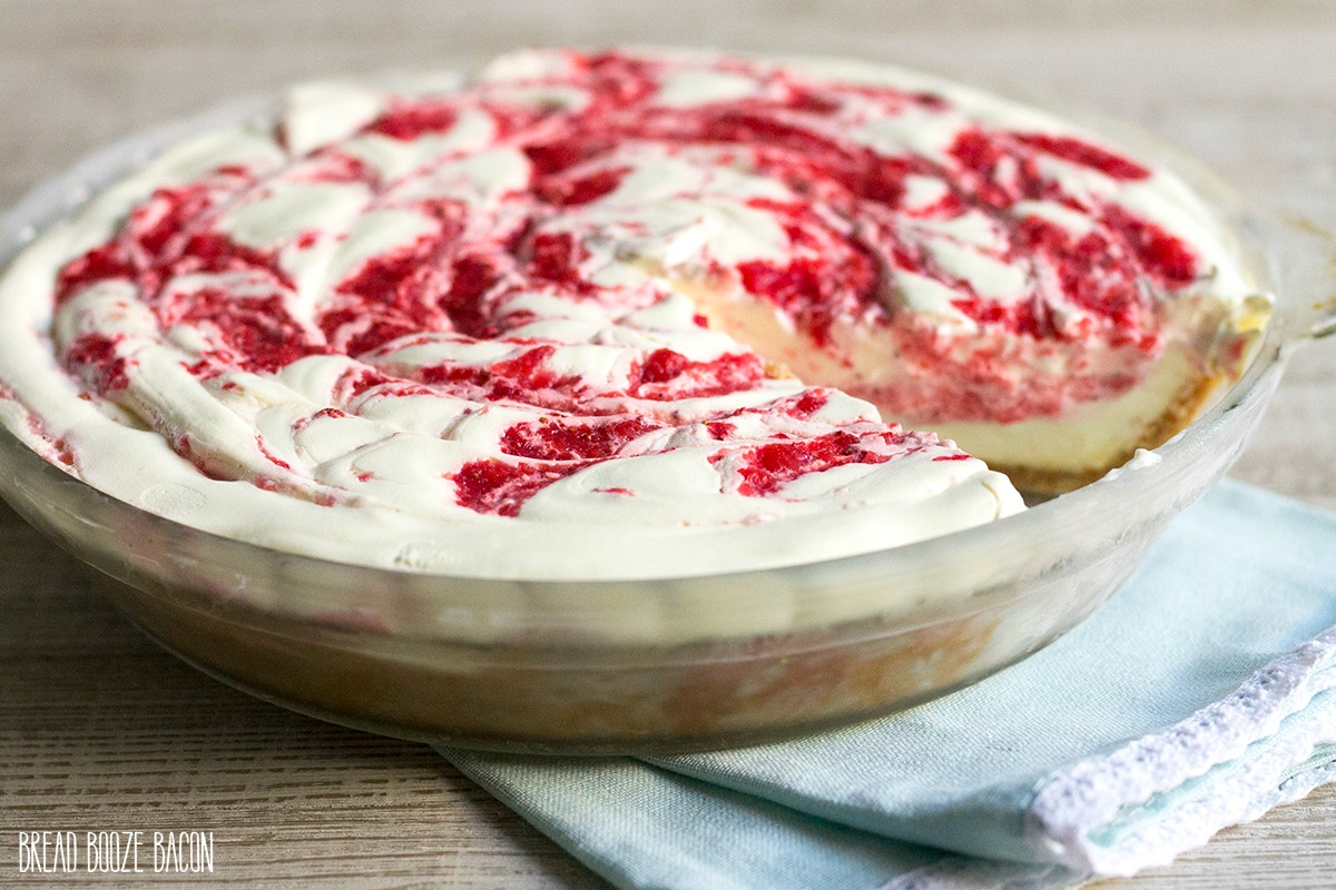 No Bake Strawberry Lemonade Pie is an easy to make dessert with bright citrus & berry flavors everyone loves!