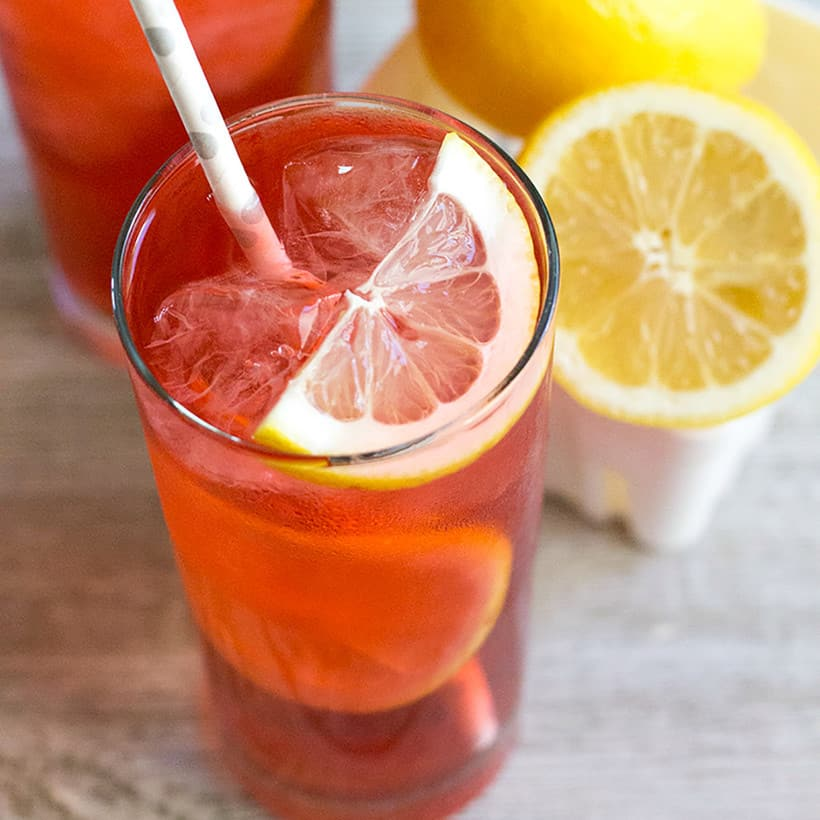 Meet your new favorite cocktail! This light and refreshing Blackberry Collins will be the hit of all your summer soirées!