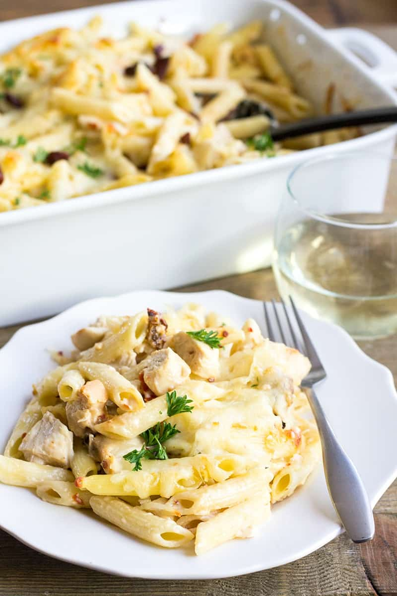 Chicken Glorioso Pasta Bake is a weeknight spin on my favorite Buca di Beppo dish! Loaded with flavor, this pasta recipe will be a hit with the whole family!!