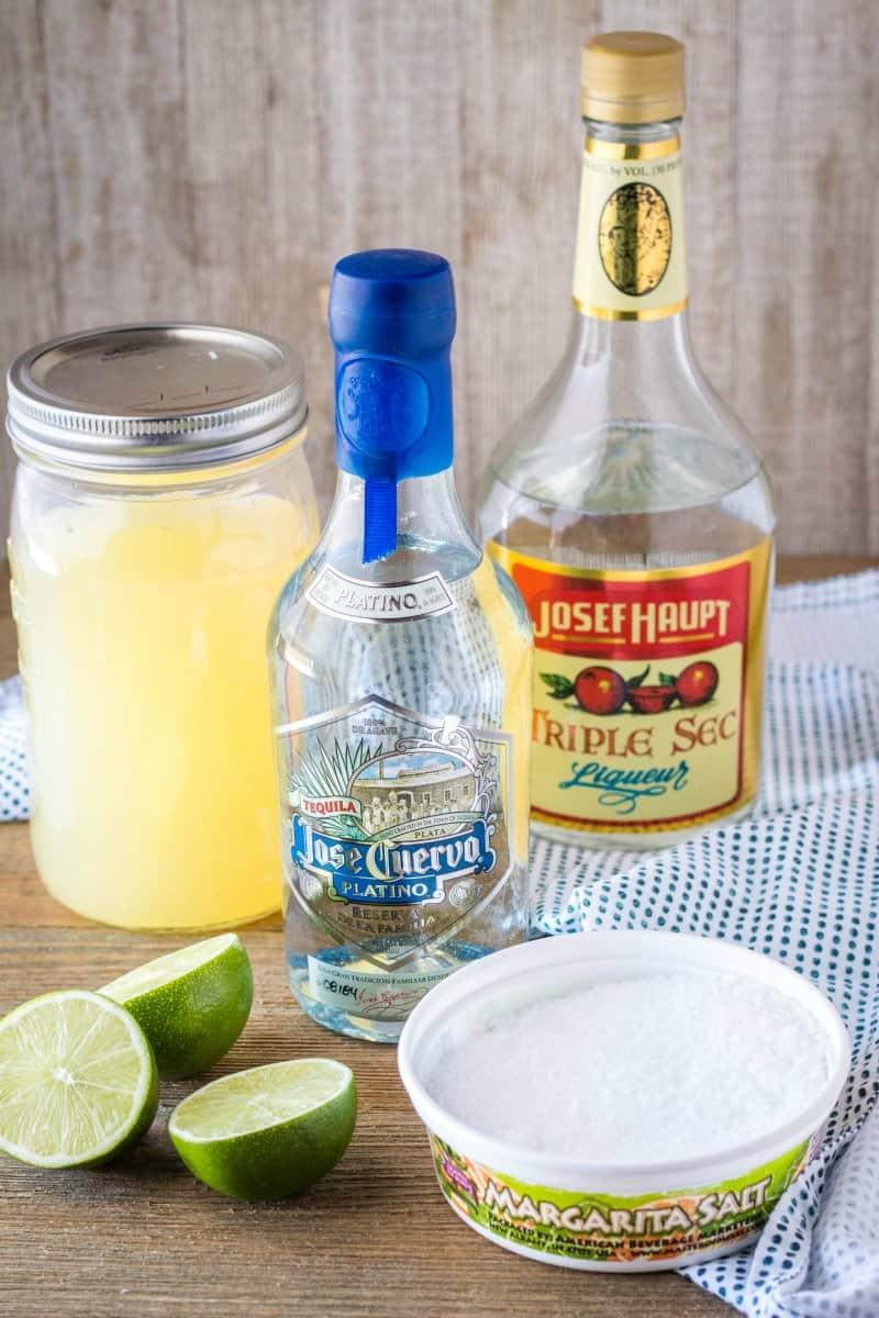 ingredients to make a margarita