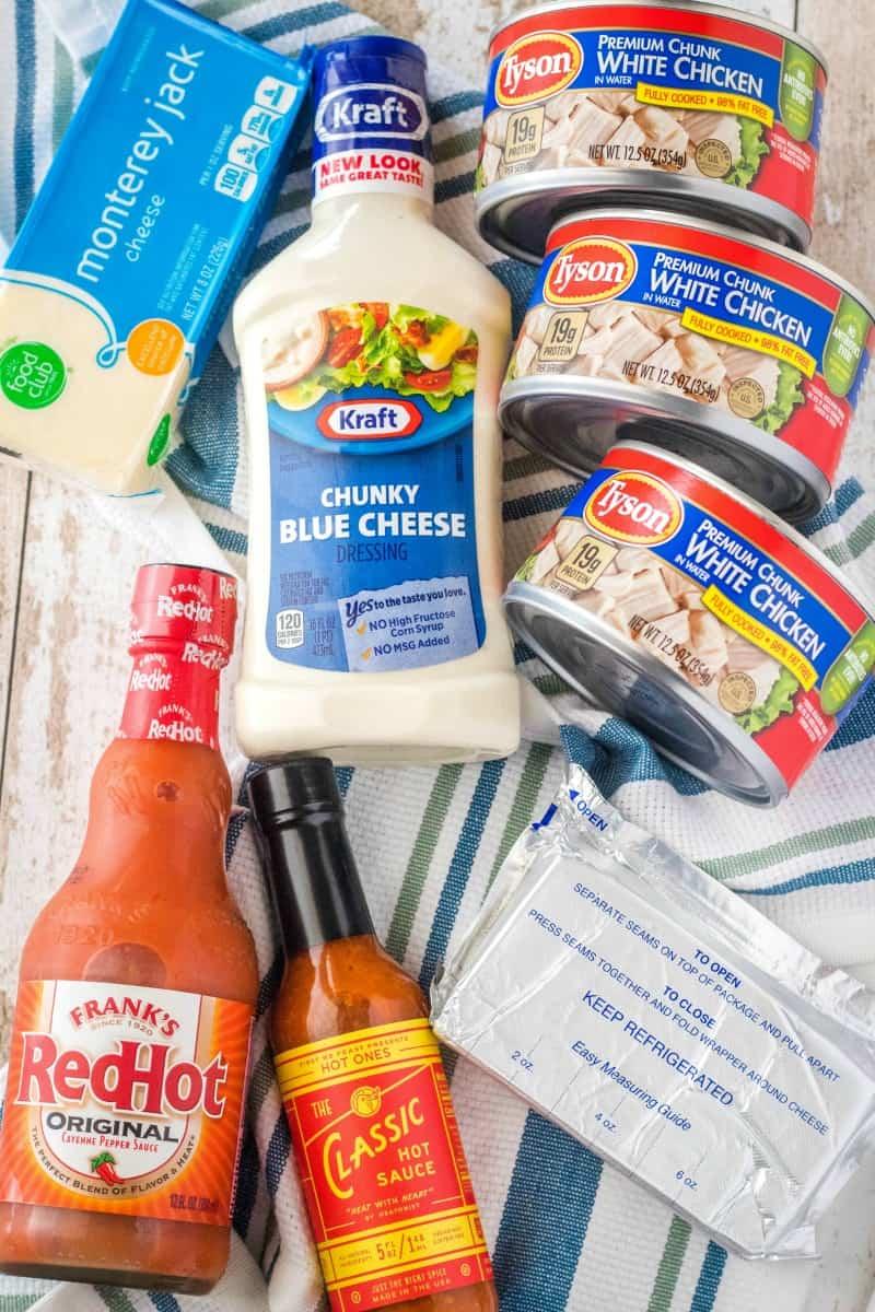 ingredients to make buffalo chicken dip