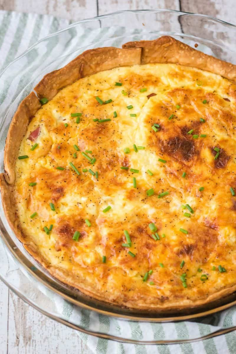ham and cheese quiche after baking