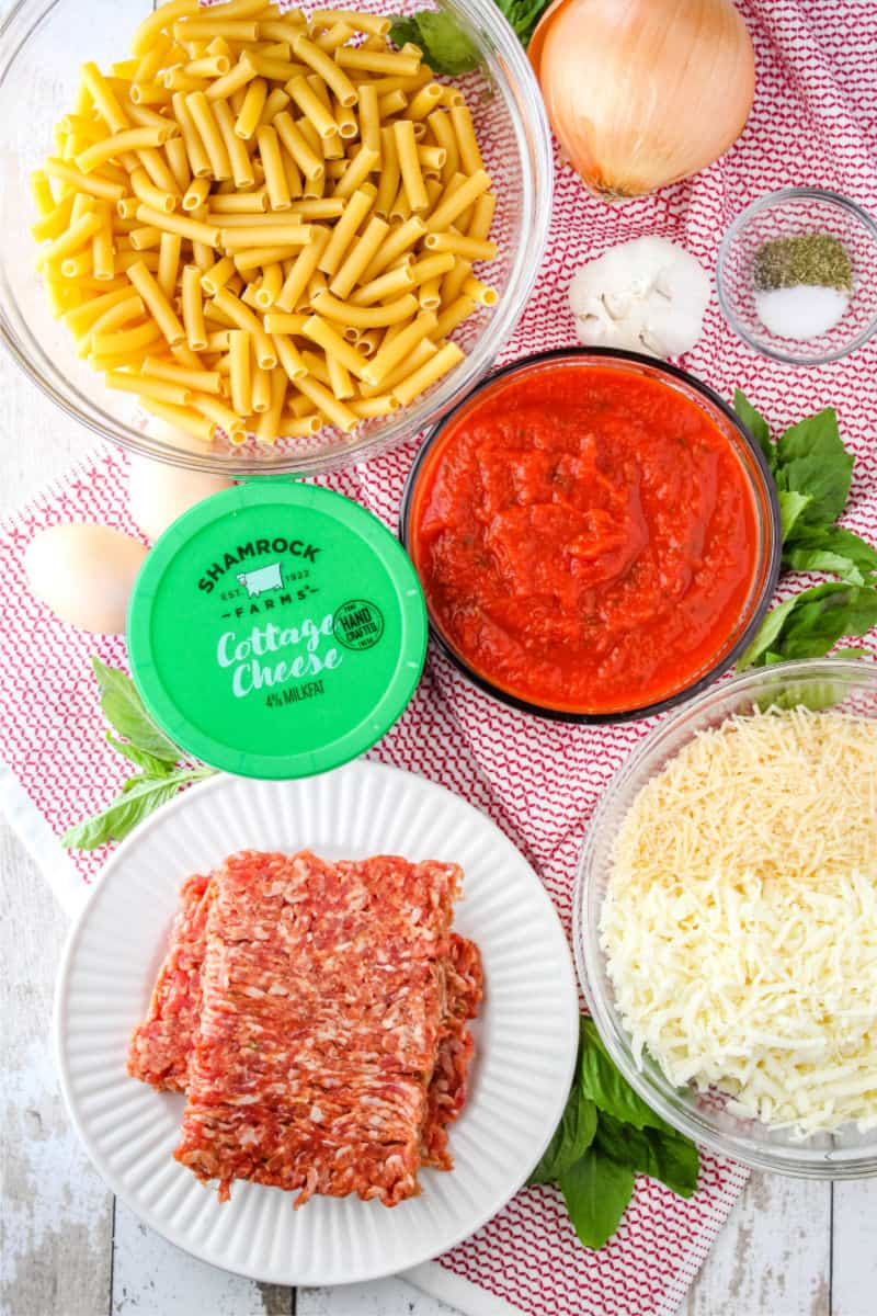 ingredients to bake baked ziti with sausage